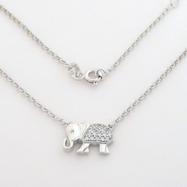 Stříbrný náhrdelník se zirkony slon