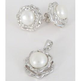 Stříbrná souprava s perlami a zirkony