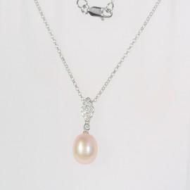 Stříbrný náhrdelník s růžovou perlou