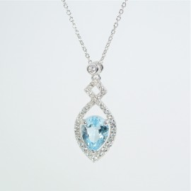 Stříbrný náhrdelník s modrým topazem a zirkony