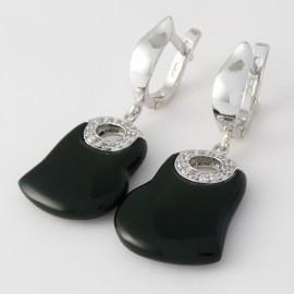 Stříbrné náušnice s onyxem a zirkony srdce