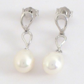 Stříbrné náušnice s perlami visací